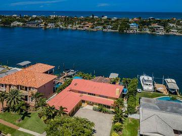 830 ISLAND WAY, Clearwater, FL, 33767,