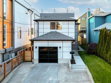 2712 S Washington Street, Seattle, WA, 98144,