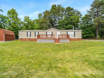 2920 Eastcliff Drive, Maiden, NC, 28650,