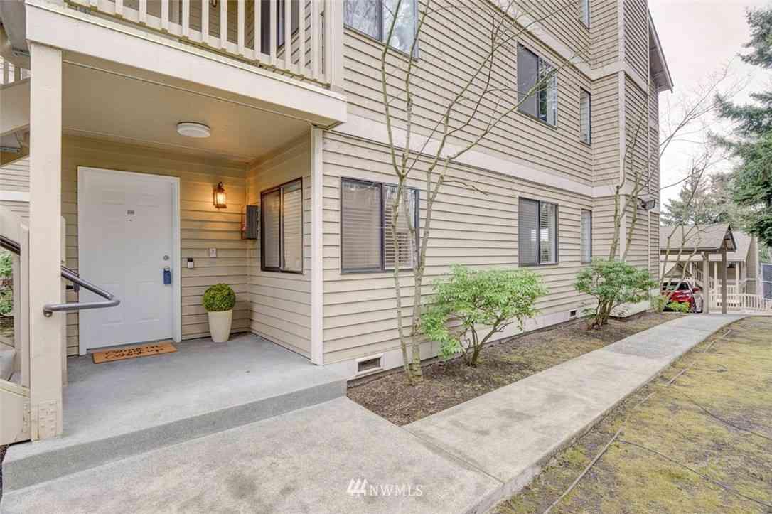 420 10th Street #A-102, Kirkland, WA, 98033,
