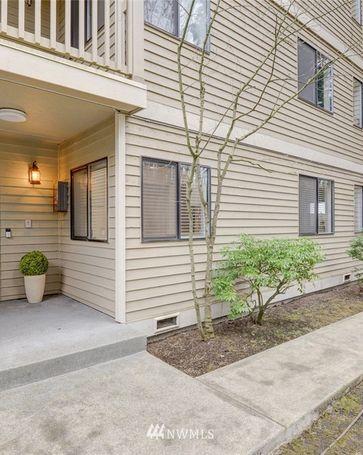 420 10th Street #A-102 Kirkland, WA, 98033