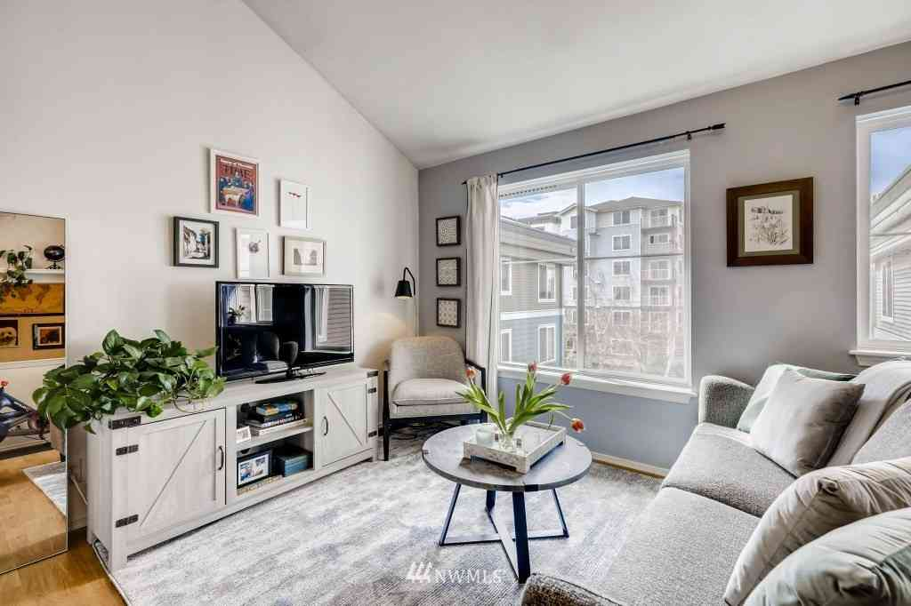 300 10th Avenue #B411, Seattle, WA, 98122,