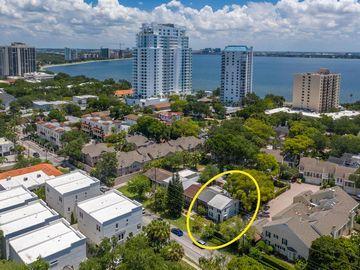 3522 S MACDILL AVENUE, Tampa, FL, 33629,