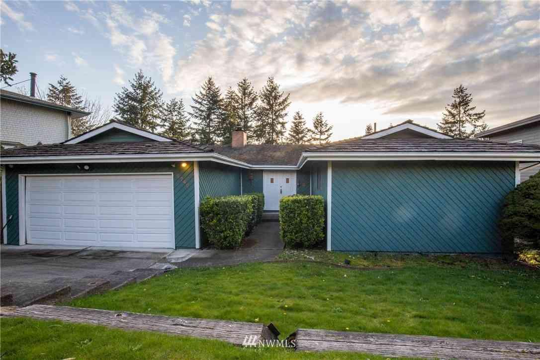 5740 Overlook Avenue NE, Tacoma, WA, 98422,
