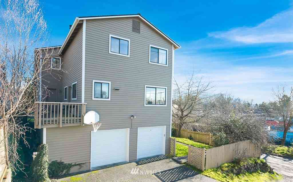 4501 NE 37 Street, Seattle, WA, 98105,