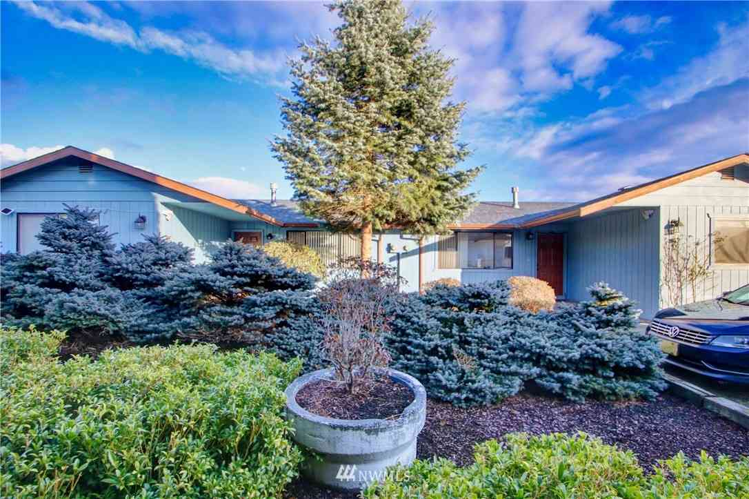 1806 N 40th Place, Mount Vernon, WA, 98273,