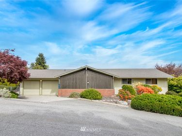 1415 South Hills Drive, Wenatchee, WA, 98801,