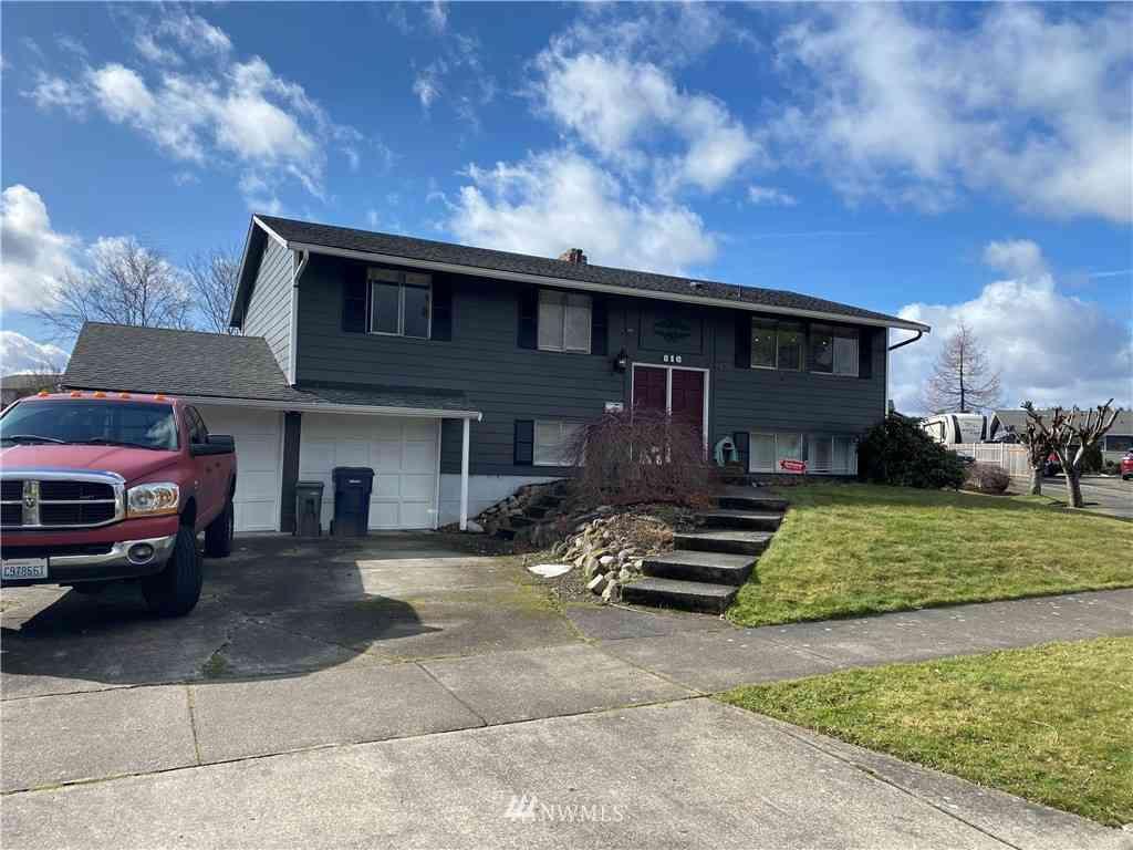 816 Melody Lane, Enumclaw, WA, 98022,