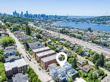 2337 10th Avenue E #A, Seattle, WA, 98102,