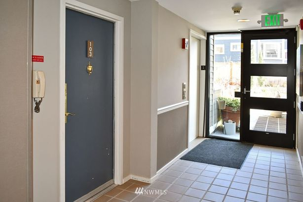 2350 10th Avenue E #103