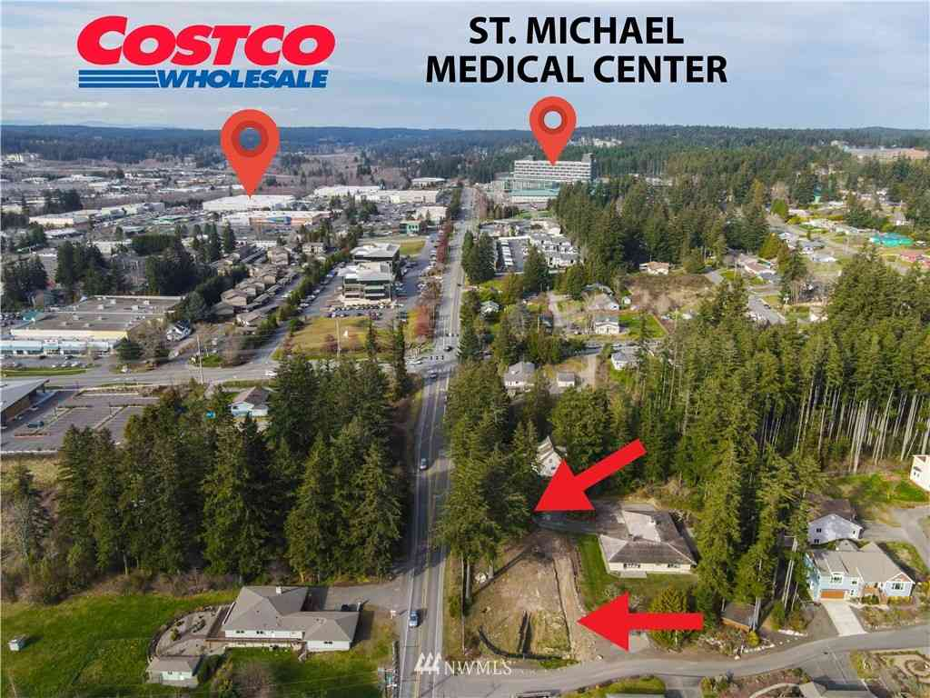 Undisclosed Address, Silverdale, WA, 98383,