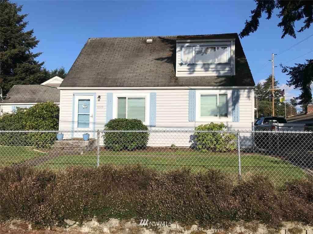 3339 Sunset Drive W, University Place, WA, 98466,