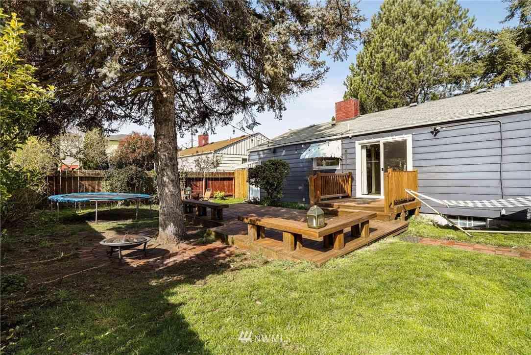 1309 N 85th Street, Seattle, WA, 98103,