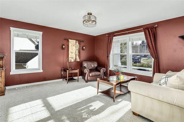 7830 Melrose Lane SE