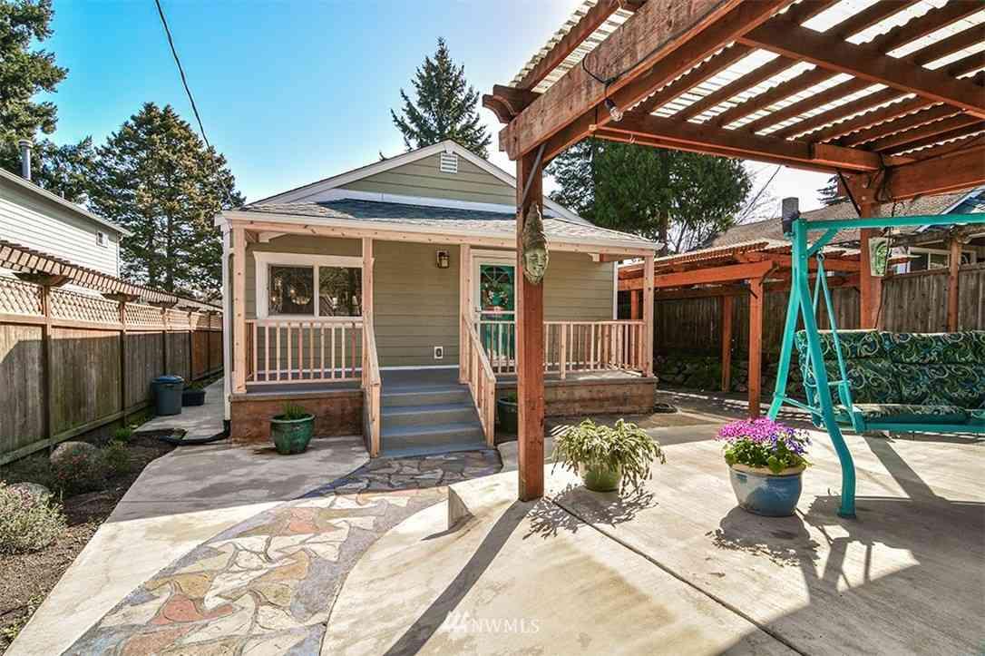 9250 Dibble Avenue NW, Seattle, WA, 98117,