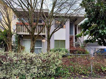 8849 Midvale Avenue N, Seattle, WA, 98103,