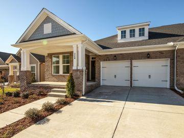 240 Tanglewood Ln, Hendersonville, TN, 37075,