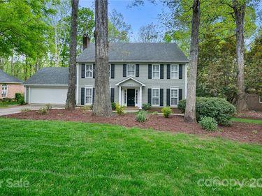 9917 Whitethorn Drive, Charlotte, NC, 28277,