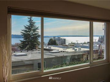 919 2nd Ave W #302, Seattle, WA, 98119,