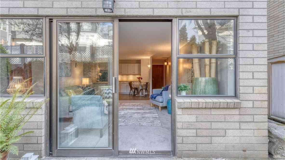 912 3rd Avenue W #103, Seattle, WA, 98119,
