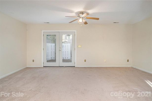 9607 Green Gable Court