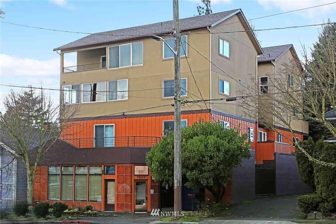 7033 15th Avenue NW #C, Seattle, WA, 98117,
