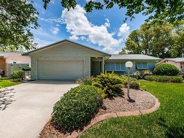 8271 139TH STREET, Seminole, FL, 33776,