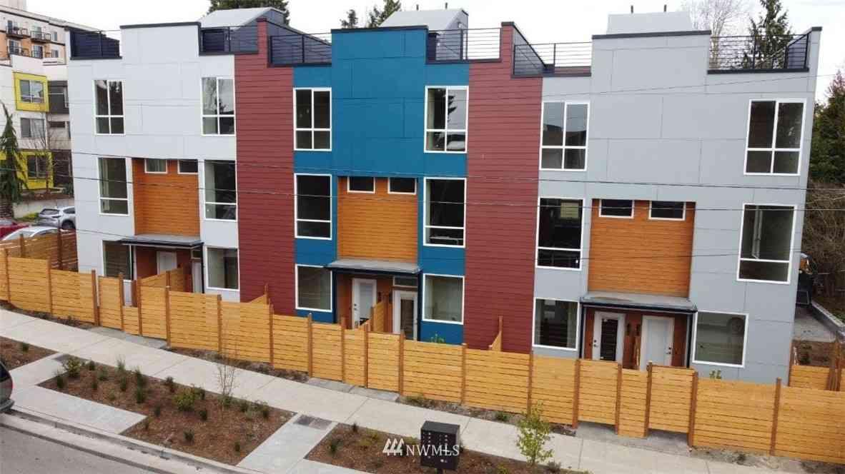 9500 N Interlake Avenue N #1406, Seattle, WA, 98103,