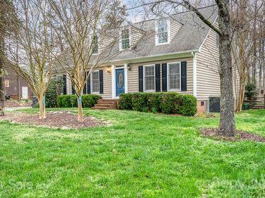 6421 Shaftesbury Lane, Charlotte, NC, 28270,