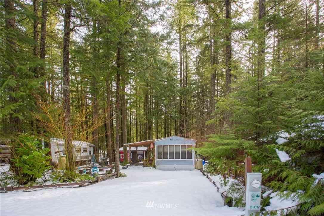 17 Wilderness Way, Deming, WA, 98244,