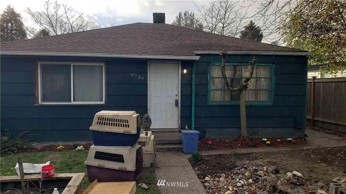 9739 Evanston Avenue N, Seattle, WA, 98103,