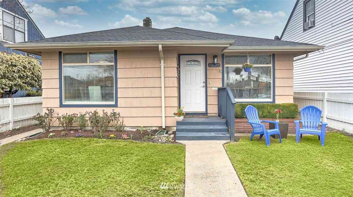 306 Meadow Avenue N, Renton, WA, 98057,