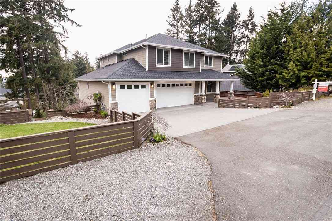 8820 29th Street Ct E, Edgewood, WA, 98371,