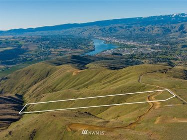 8888 Burch Mountain Road, Wenatchee, WA, 98801,