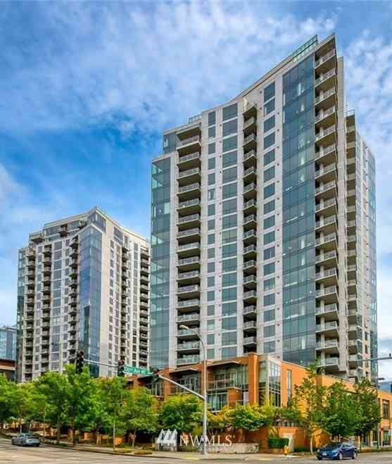10608 NE 9th Place #TH2, Bellevue, WA, 98004,