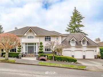 5863 168th Place SE, Bellevue, WA, 98006,