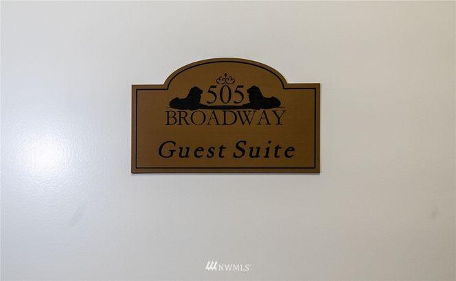 505 Broadway #507