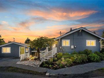 6733 SW Holly Place, Seattle, WA, 98136,