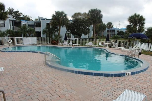 3674 S POINTE DRIVE #1