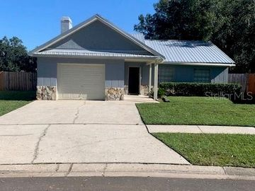 4604 N COUNTRY HILLS COURT, Plant City, FL, 33566,
