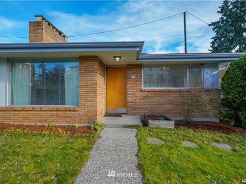 909 N 130th Street, Seattle, WA, 98133,