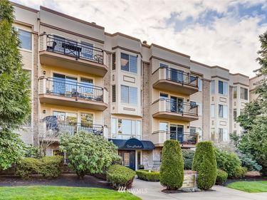 200 99TH Avenue NE #46, Bellevue, WA, 98004,