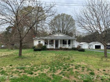 821 Oak Street, Charlotte, NC, 28214,