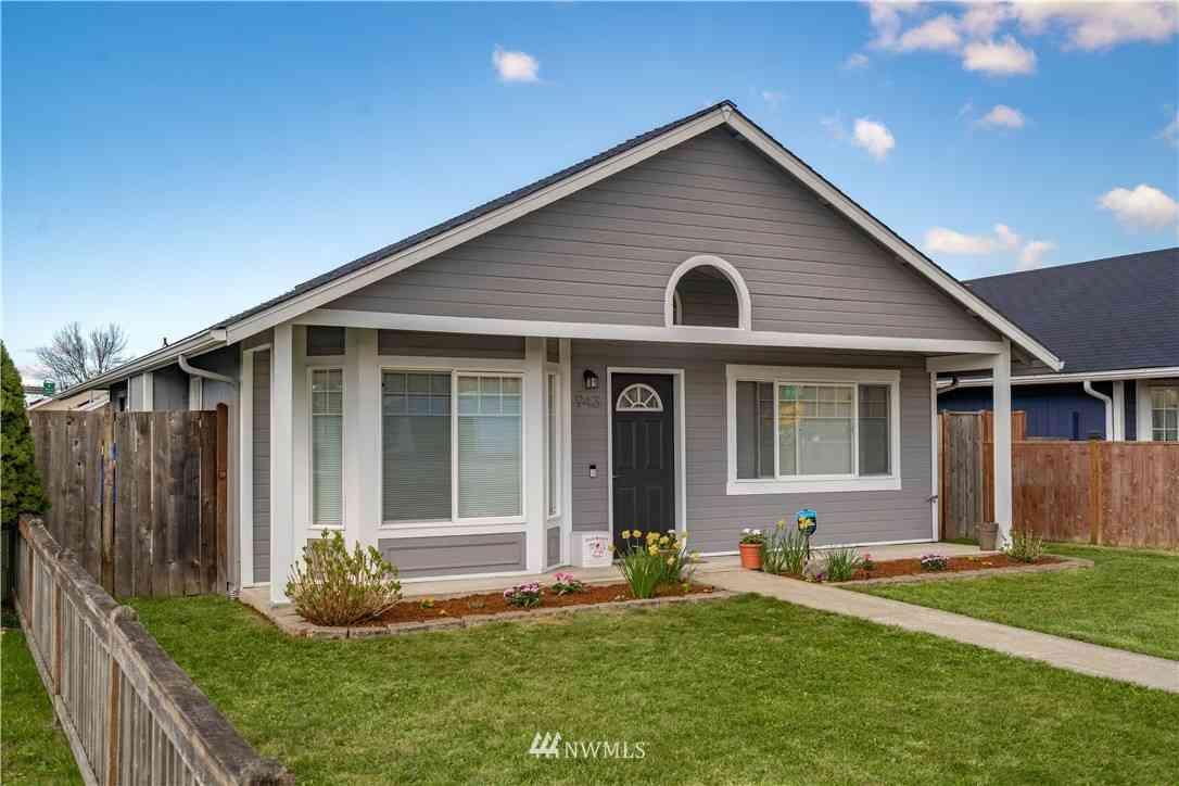 943 1st Avenue N, Kent, WA, 98032,