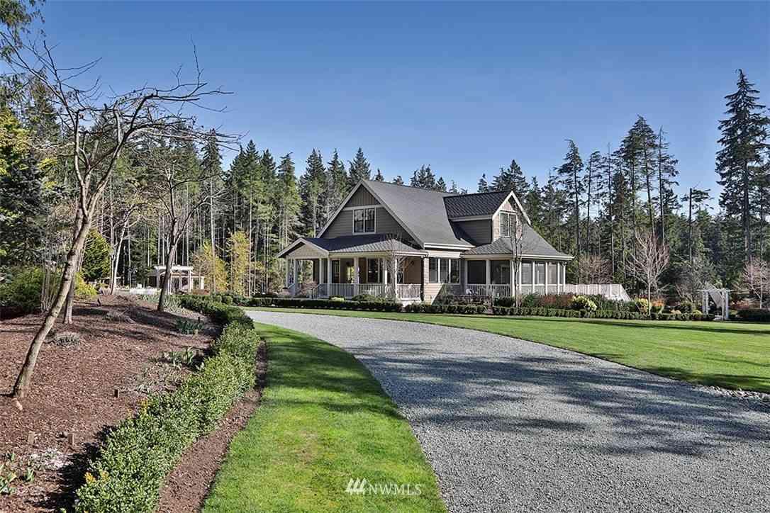 3958 Beaver Creek Lane, Clinton, WA, 98236,