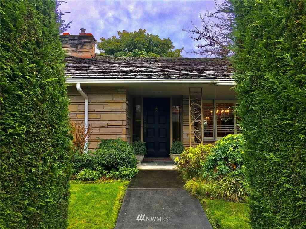 1927 Blenheim Drive E, Seattle, WA, 98112,