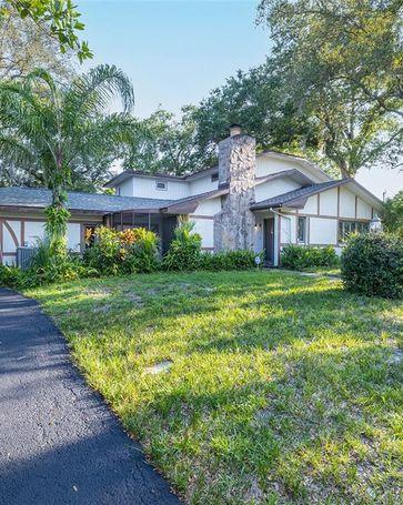 1525 PINEWOOD STREET Clearwater, FL, 33755