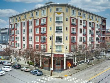 668 S Lane Street #407, Seattle, WA, 98104,