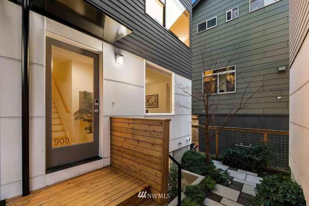 908 13th Avenue #A, Seattle, WA, 98122,