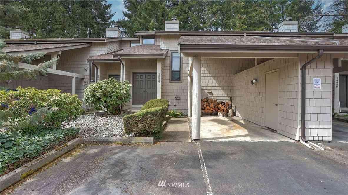 14607 NE 35th Street, Bellevue, WA, 98007,